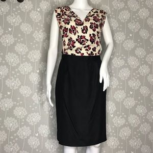 Barney's New York Co-op Dress Size 4 Floral Top